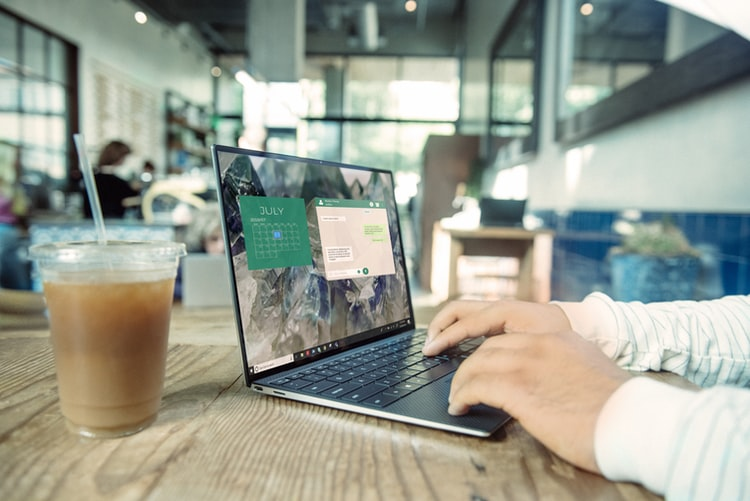 comunication and remote work